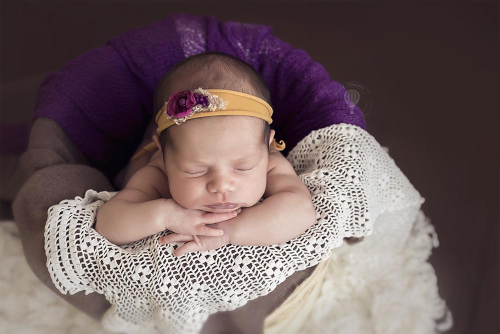 amiairefotografia sesiones de embarazo, recién nacido, bebés, reportajes de comunión, fotografía de familia