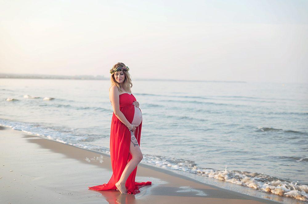 sesión embarazo en la playa Cartagena exteriores
